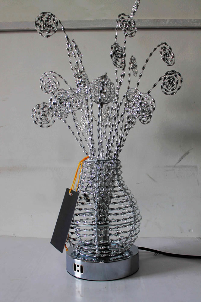 Hand Finished Silver Small Round Flower Vase Metal Wire
