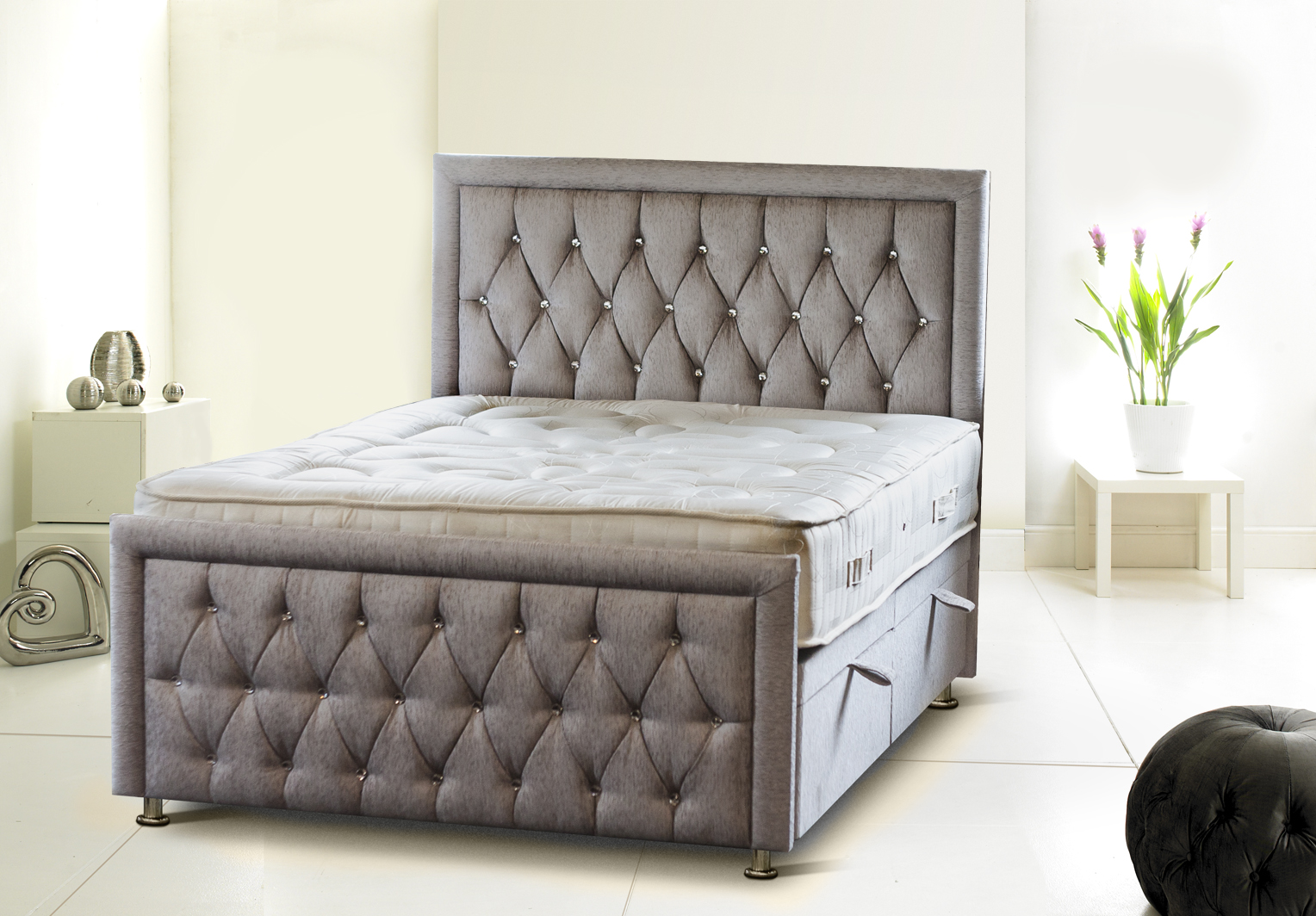 UK Made Rozzini Chesterfield Diamond Ottoman Storage Bed Headboard